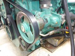 D4-260 water pump seize
